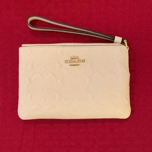Coach Wristlet Chalk color